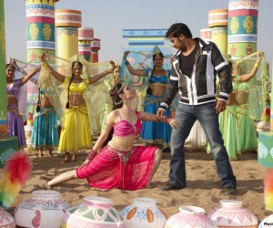 Ajay-Devgn-Tamannaah Himmatwala (2013) Movie Wallpapers
