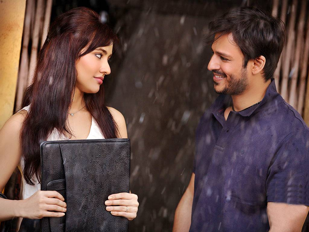 Vivek Oberoi Neha Sharma In Jayanta Bhai Ki Luv Story Movie Hd