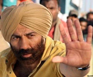 Singh Saab The Great Sunny Deole 300x250 Singh Saab The Great (2013)