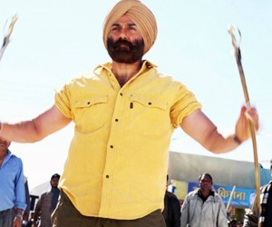 Singh Saab The Great Wallpaper 300x250 Singh Saab The Great (2013)
