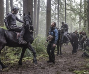 Dawn of the Planet of the Apes 2014 Stills 300x250 Dawn of the Planet of the Apes (2014)
