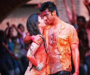 2 States Holi Scenes Wallpapers