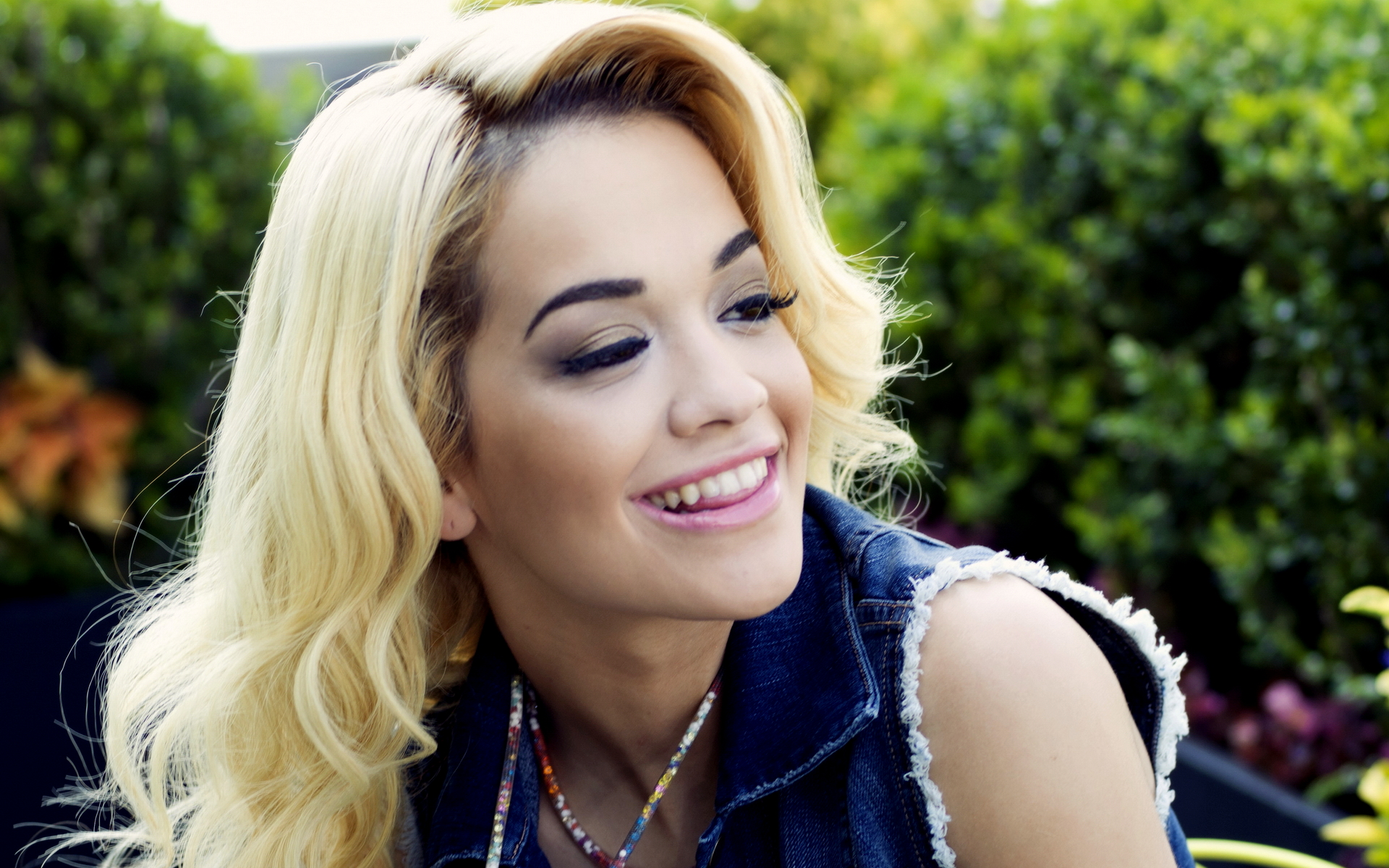Rita Ora HD Wallpapers