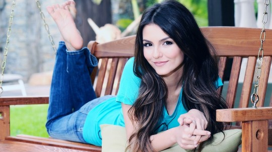 Victoria Justice HD Wallpapers