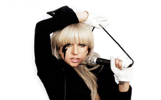 Cute-Lady-Gaga-With-Mic-Wallpaper-Desktop-Background