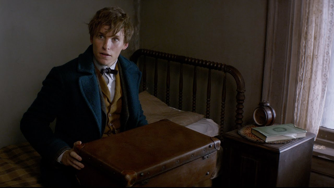 fantastic-beasts-and-where-to-find-them-latest-wallpapers