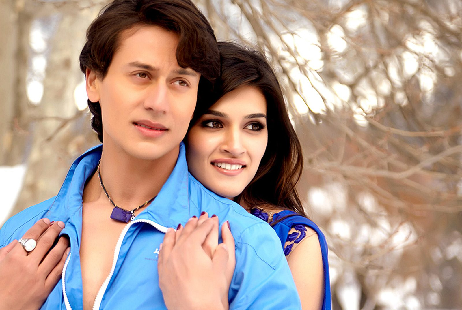 Heropanti – Kriti Sanon and Tiger Shroff HD Movie Wallpapers