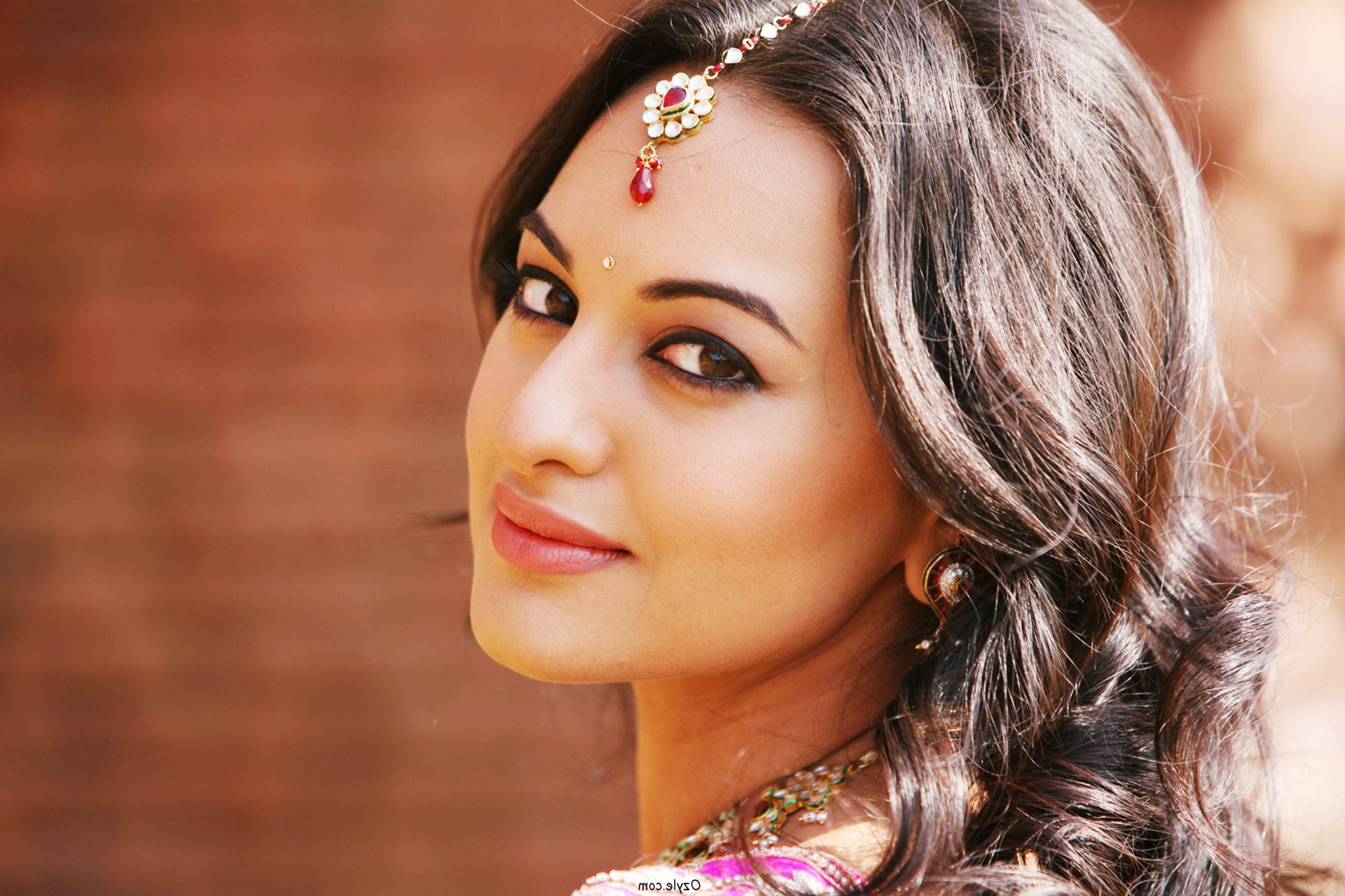 sonakshi sinha hd wallpapers - movie hd wallpapers