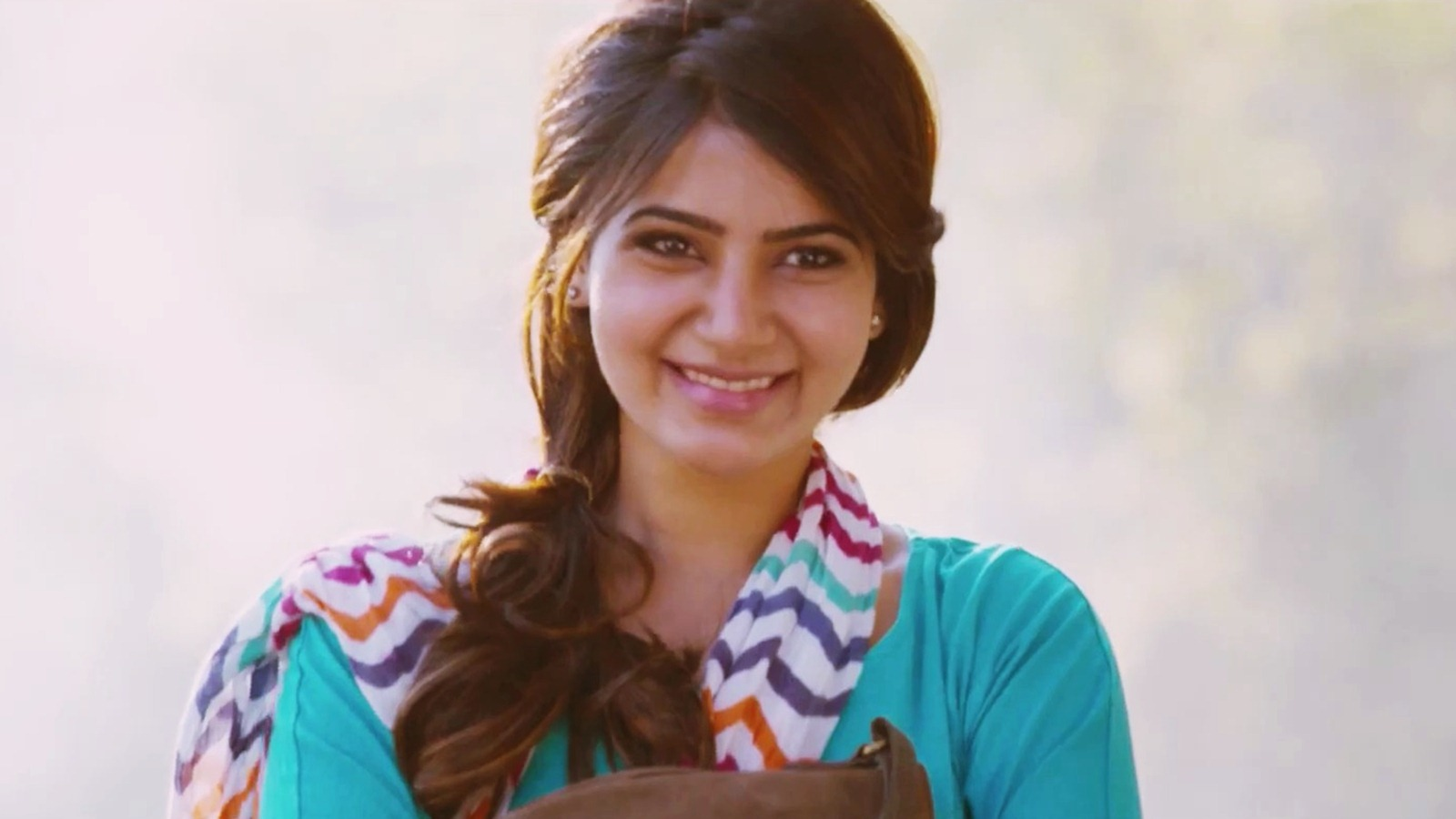 Samantha Hd Wallpapers: Anjaan - Samantha HD Wallpapers