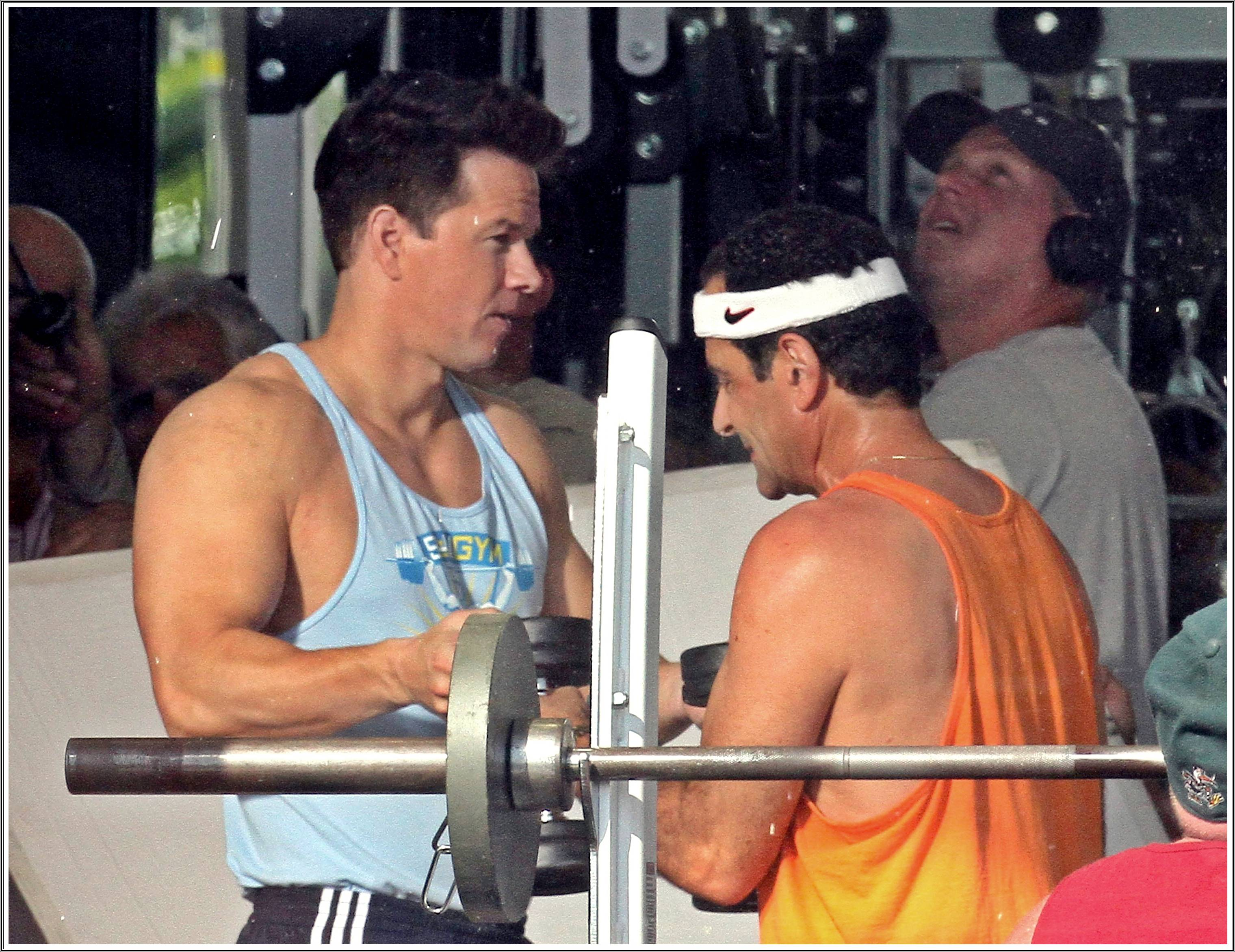 Pain & Gain (2013) - Movie HD Wallpapers