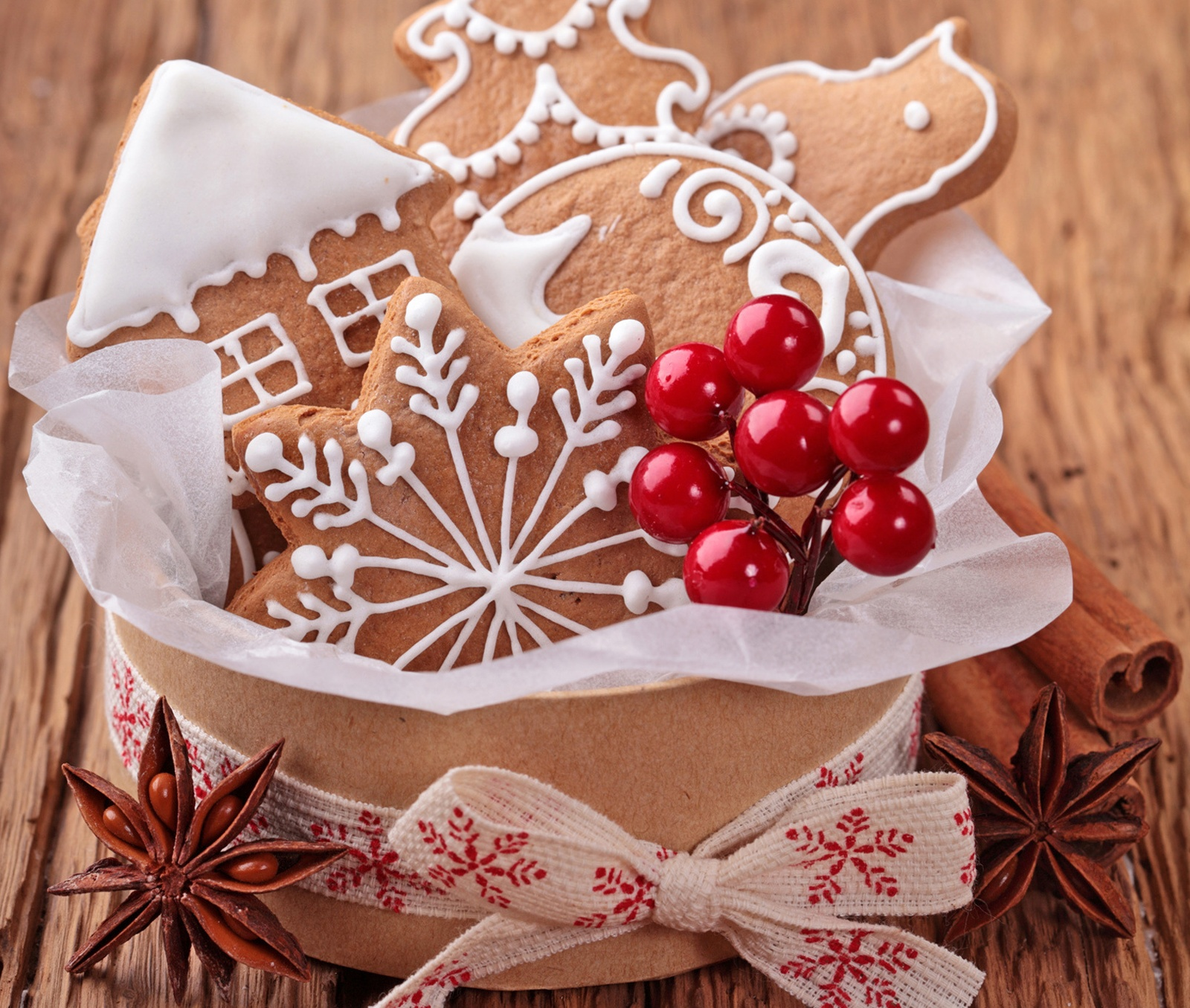 http://www.moviehdwallpapers.com/wp-content/uploads/2014/10/Christmas-Cookies-food-32709944-1600-1356.jpg