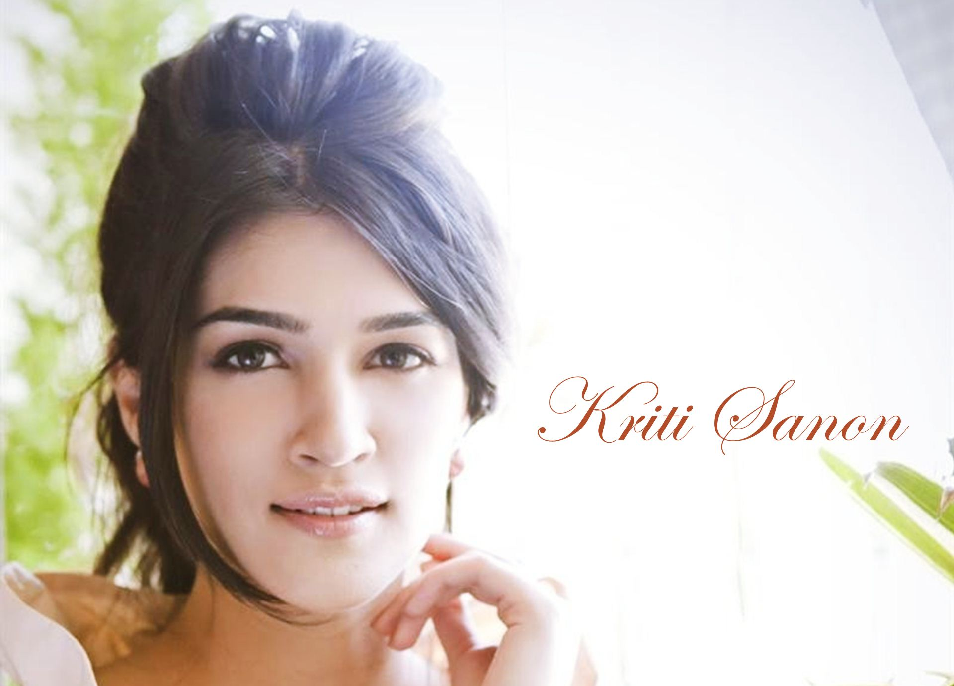 kriti sanon full hd wallpaper