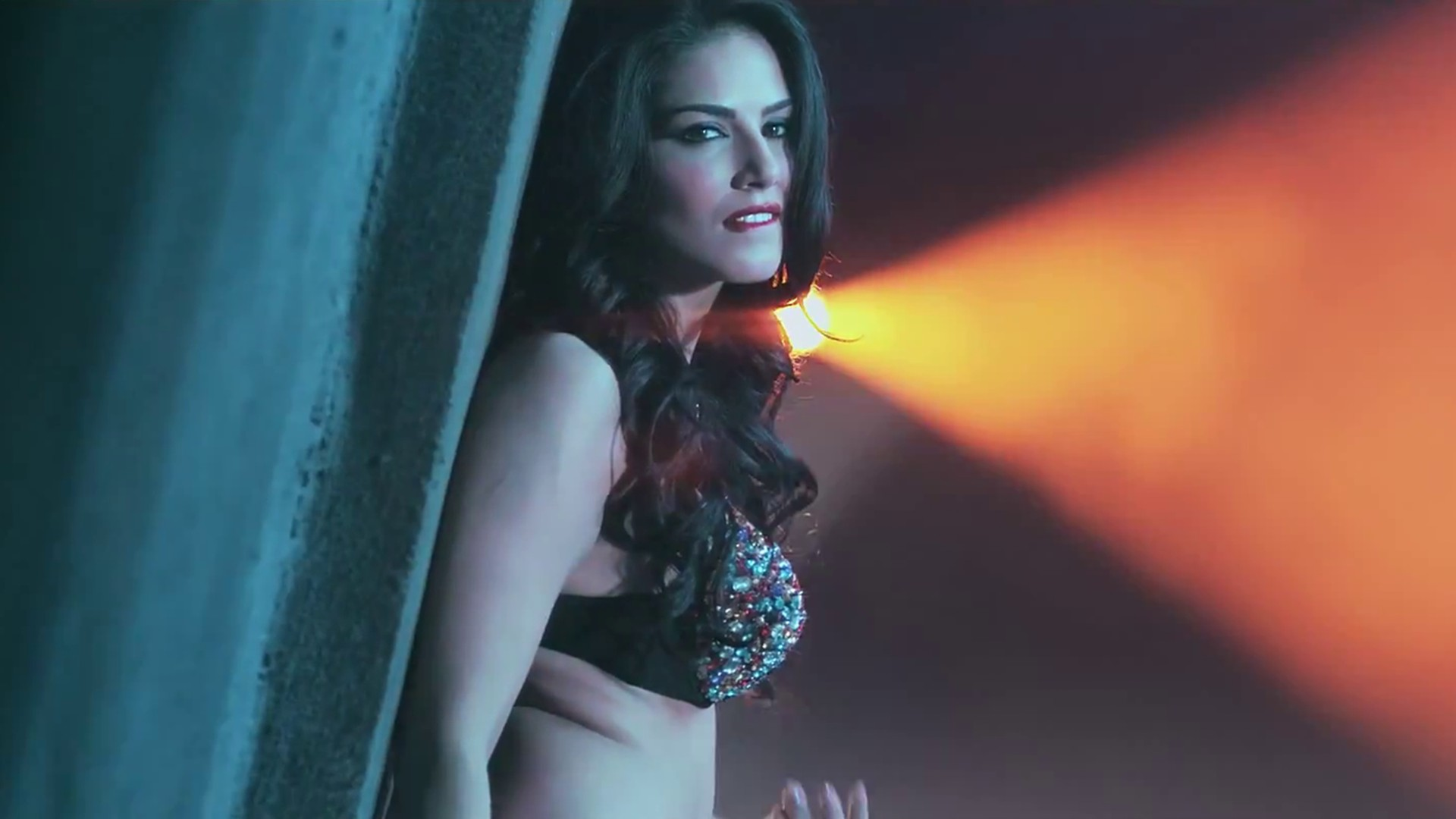 Movie Hd Wallpapers: Sunny Leone HD Wallpapers
